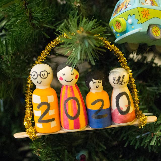 how to make DIY handmade peg doll family Christmas Ornaments with kids
