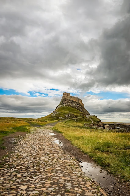 Holy Island of Lindisfarne, 40 coast and country walks, mandy charlton, photographer, writer, blogger