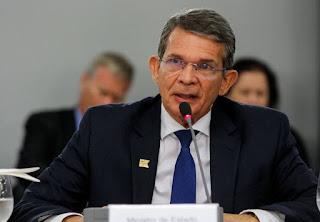 Bolsonaro anuncia general Joaquim Silva e Luna para a presidência da Petrobras