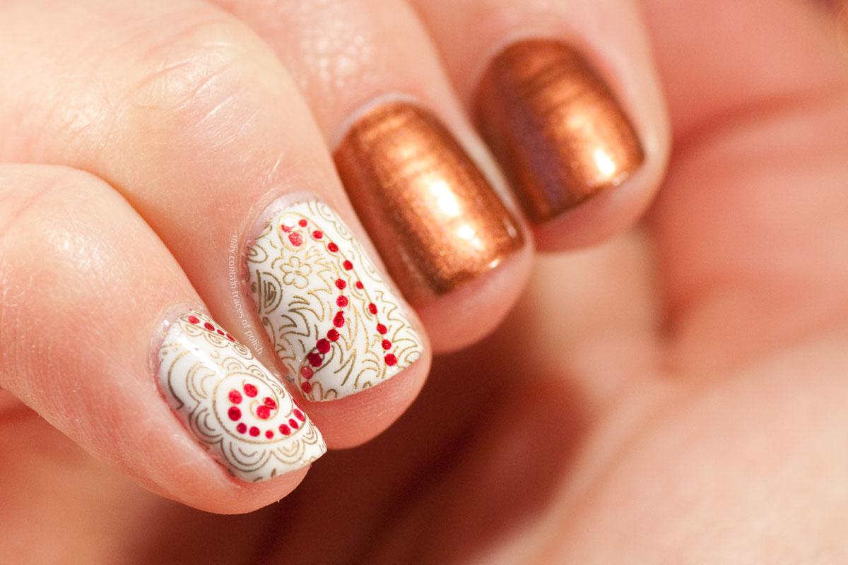 Simple Paisley Nail Art