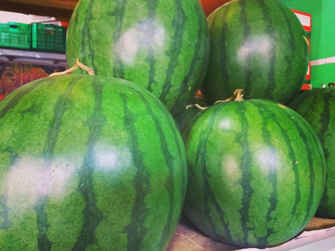 6 Cara Mudah Memilih Buah Semangka yang Sudah Matang dan Manis