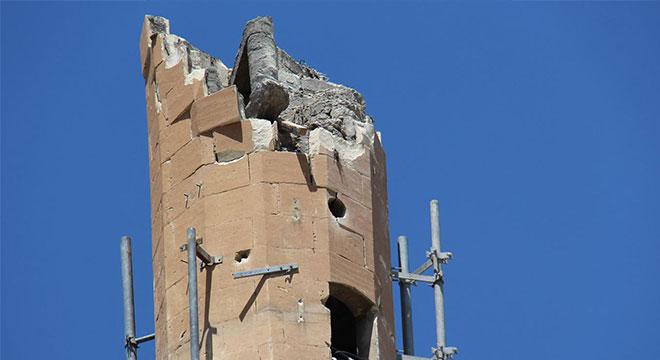 Sümer Camii'nin minaresine yıldırım neden isabet etti?
