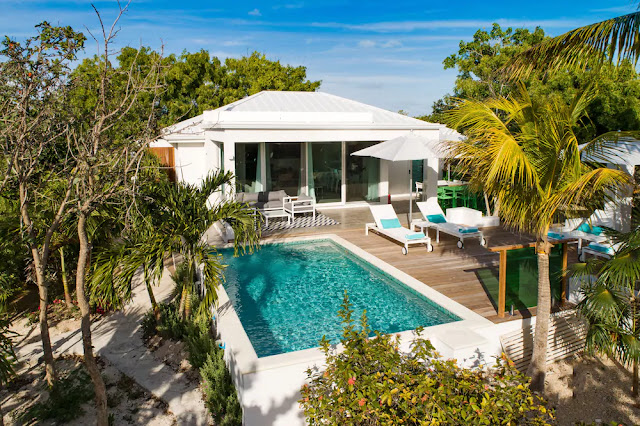 The Oasis at Grace Bay