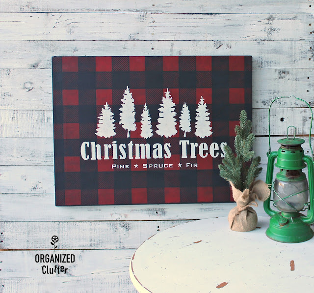 New Christmas Trees Stencil From Old Sign Stencils #Oldsignstencils #stencil #artcanvas #upcycle #garagesalefind #RusticChristmas #buffalocheck #Christmastree