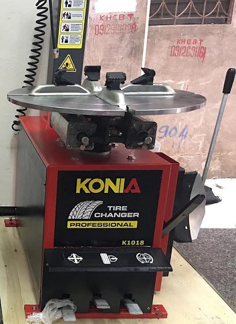 Máy ra vào vỏ xe tay ga, mở vỏ xe hơi Konia K1018