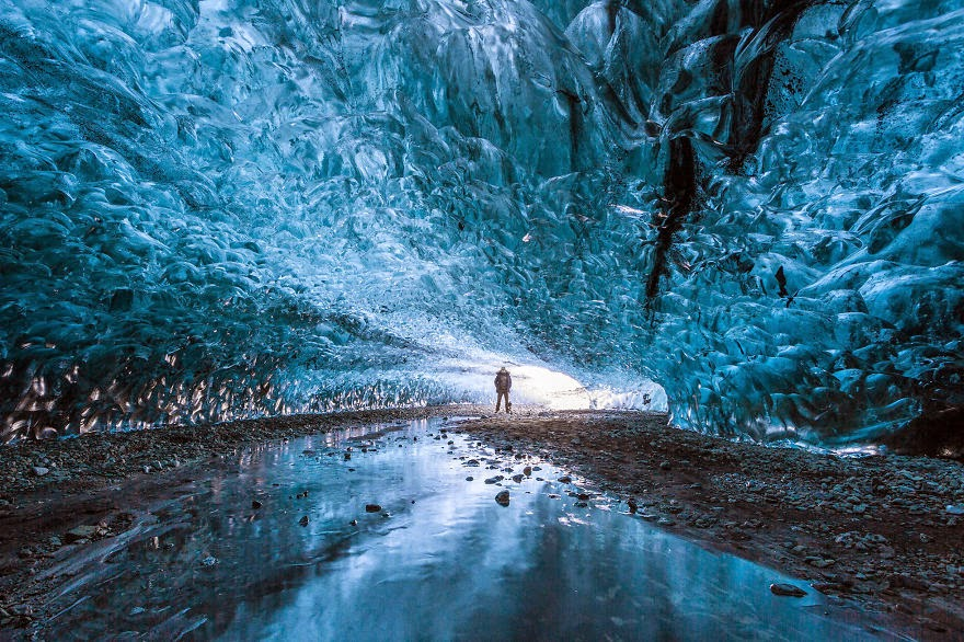 16. Ice Cave in Iceland - 29 Unbelievable Locations That Look Like They're Located On Another Planet
