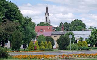 http://fotobabij.blogspot.com/2016/05/frampol-czerwiec-2015-zielen-publiczna.html