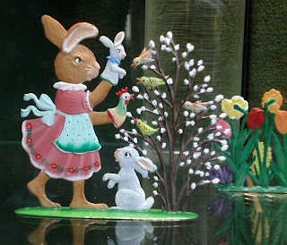 Decorated Eggs, Decorations, Easter Bunny, Easter Crafts, Easter Eggs, Easter Flats, Easter Toys, Flat Figures, Flats, Flats - Civilian, Flats - Easter Scenes, German Flats, German Toy Figurines, Lead Flats, Lead Model, Lead Toy Animals, Made In Germany, New York Retailer, Novelties, Novelty Figurine, Novelty Figurines, Novelty Flats, Novelty Toy, Painted Easter Eggs, Painted Flats, Scully & Scully, Scully And Scully, Small Scale World, smallscaleworld.blogspot.com, Toy Bicycle Decoration, Toy Motorcycle,
