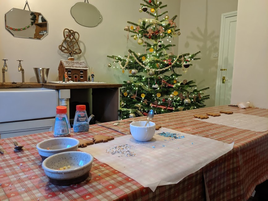 Christmas & Santa at Cragside Review  - cookie decorating