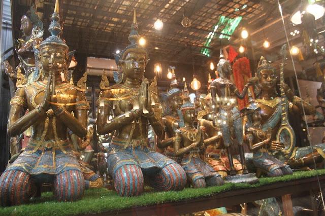 Mengunjungi Chatuchak Market