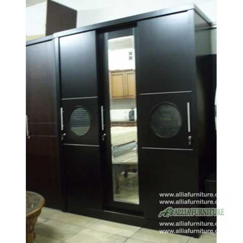 lemari pakaian 3 pintu minimalis doom