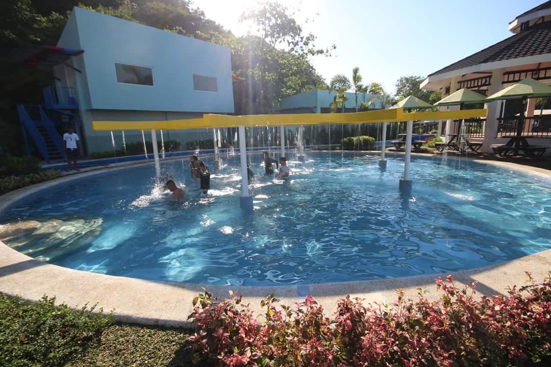 Adventure Beach Resort Subic