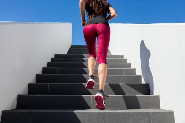 Khusus Cewek, Ini 6 Gerakan Olahraga Mengecilkan Paha & Perut Paling Efektif