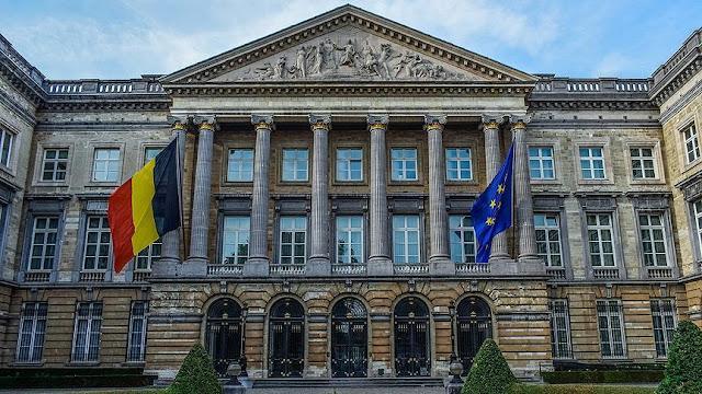 منحة الحكومة البلجيكية 2021 (الدراسة في أوروبا ممولة بالكامل)