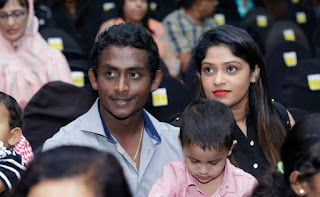 Ajantha Mendis With Wife And Kid