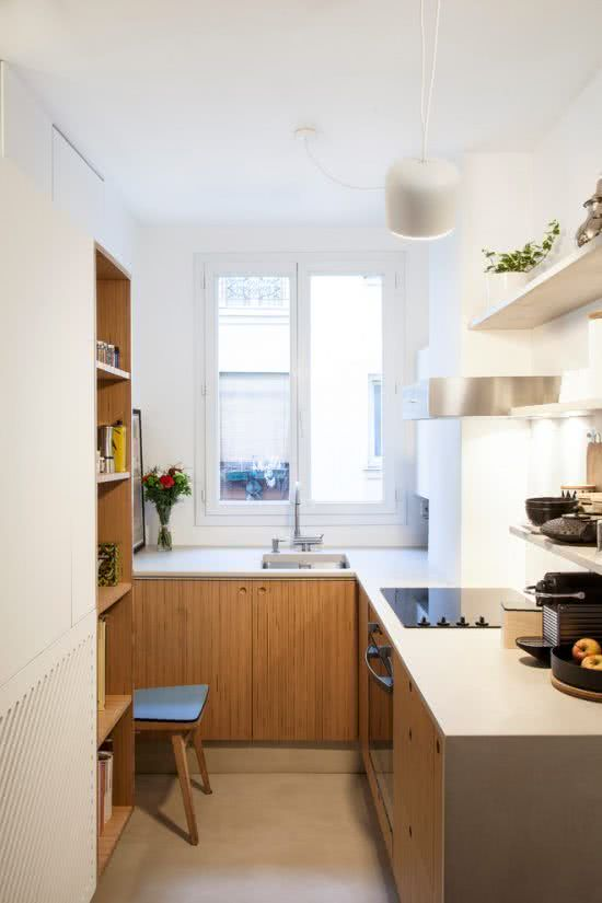 With the optimized space in the corner of the kitchen.