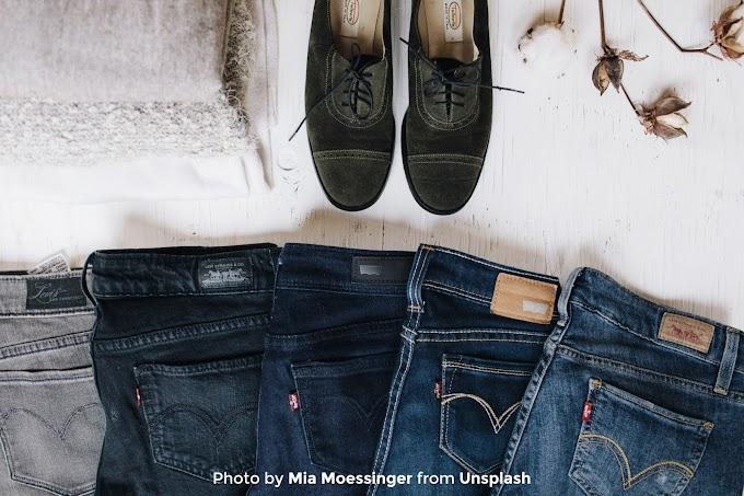 Beberapa Hal yang Perlu Kalian Perhatikan Saat Mencuci Celana Jeans Agar Awet dan Tidak Cepat Pudar