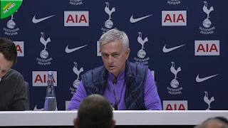 Jose Mourinho đã có cuộc họp báo đầu tiên