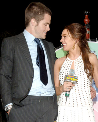 Cute Kisses Hd Wallpapers Chris Pine Amp Girlfriend Wallpapers For 2011 All Wallpapers