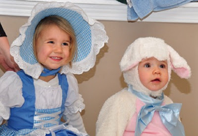 Halloween safety tips, halloween costumes, childrens safety
