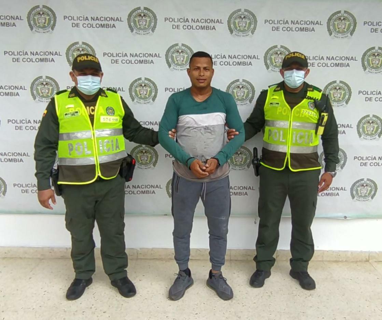 https://www.notasrosas.com/Capturado en Aguachica Alias 'Coco' o 'Cocotudo', presunto integrante del Clan del Golfo