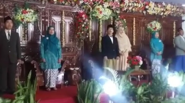 Saking Cinta NKRI, Resepsi Pernikahan Kiai NU ini Lantunkan Lagu Indonesia Raya