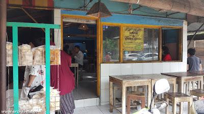 Fasade Warung Lotek Bu Bagyo Colombo (Dok:Pri)