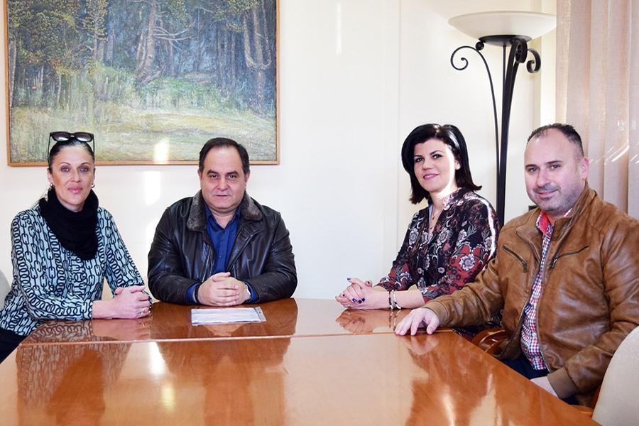 Στο Δήμαρχο Καρδίτσας οι εκπρόσωποι του Οικισμού Εργατικών Κατοικιών του ΟΑΕΔ