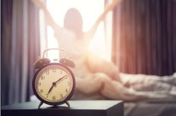 8 latihan pagi yang harus Anda lakukan segera setelah Anda keluar dari tempat tidur