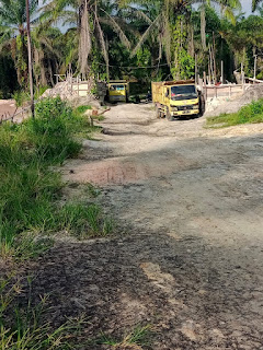 Diduga Tak Memiliki Izin, Aktifitas Tambang Pasir illegal Dibelakang Buang Sampah Lama