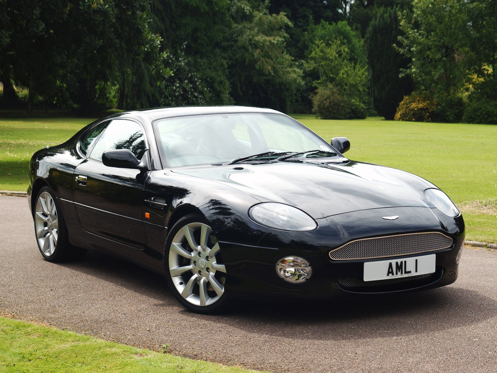 Definitely Motoring: Aston Martin DB7