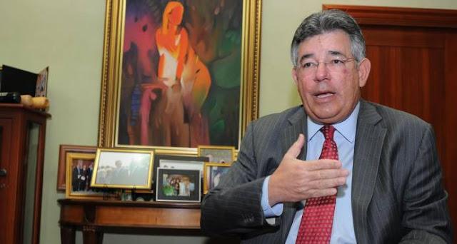 Víctor Díaz dice que la acusación en su contra es doble persecución y deben archivarla