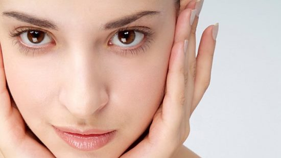 madu dapat membuat kulit wajah menjadi putih