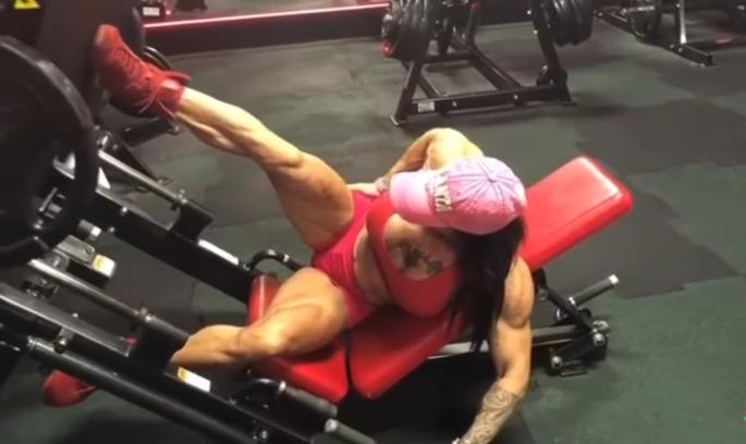 Video Female bodybuilder workout schedule, Fitness & Gym Motivation