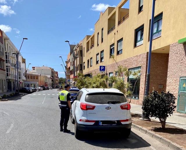 Policia%2BLocal%2BTuineje%2Ben%2BGran%2BTarajal - Fuerteventura.- Policía Local de Tuineje denuncia a 59 ciudadanos por incumplimiento del confinamiento