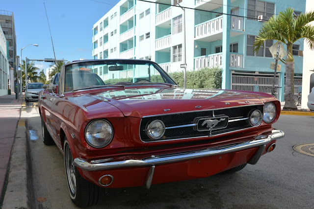 Miami Beach cars Ford mustang