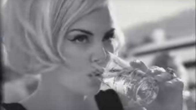 Hoy analizamos el famoso anuncio de Martini con Charlize Theron