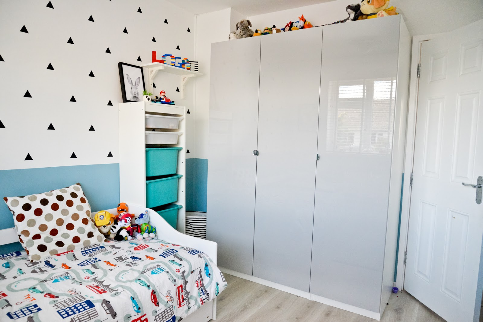 ikea pax wardrobe kids, kids modern room, kids room decor, modern kids room, kids room ideas,