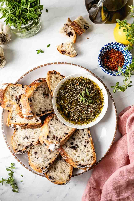 Olive Oil Bread Dip (Italian Restaurant Style)