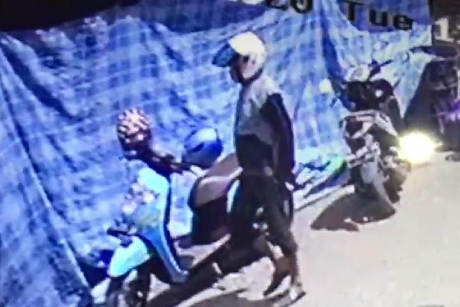 Pelaku Pencurian Hp di Pasar Palakka Terekam CCTV