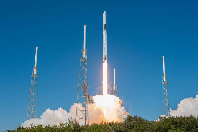 SpaceX Space Station Cargo Launch