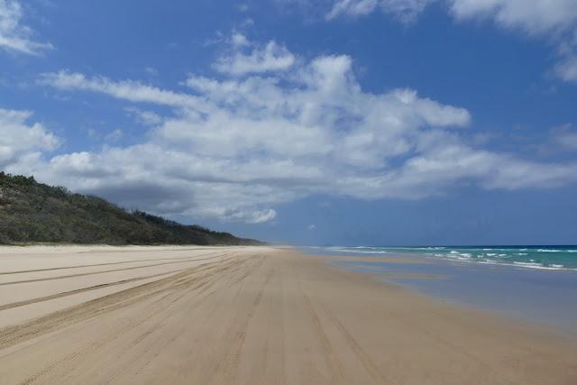 Strand Weite Gischt Sand Auto fahren Moreton Island