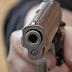 Βγήκε από το σπίτι του στη Λαμία, άρχισε να πυροβολεί και τραυμάτισε δύο γείτονές του