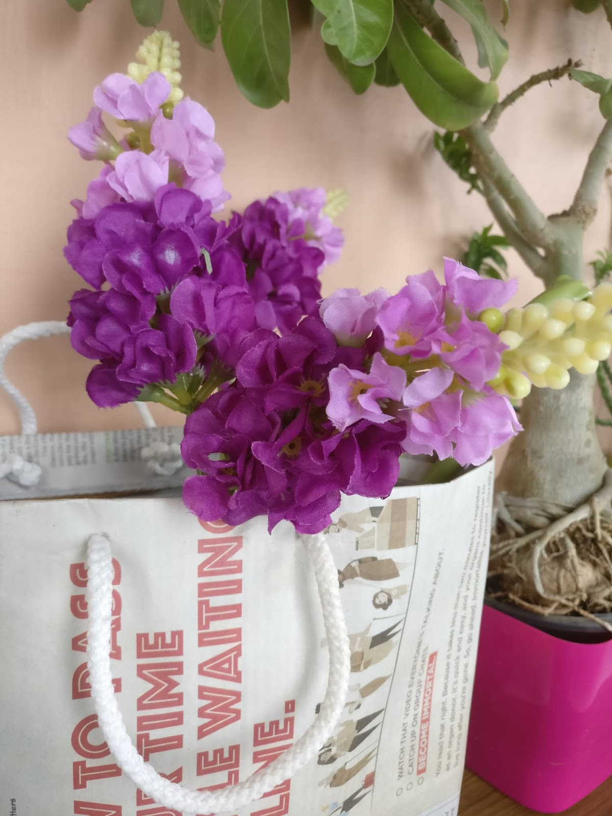 How to make a paper bag using old newspaper