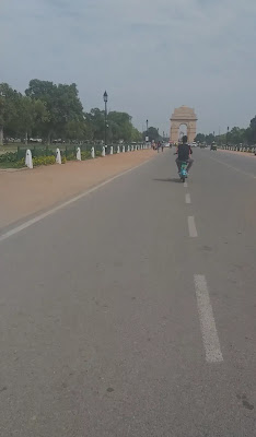 Yulu ride at India Gate