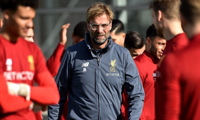 Klopp in training with Liverpool players