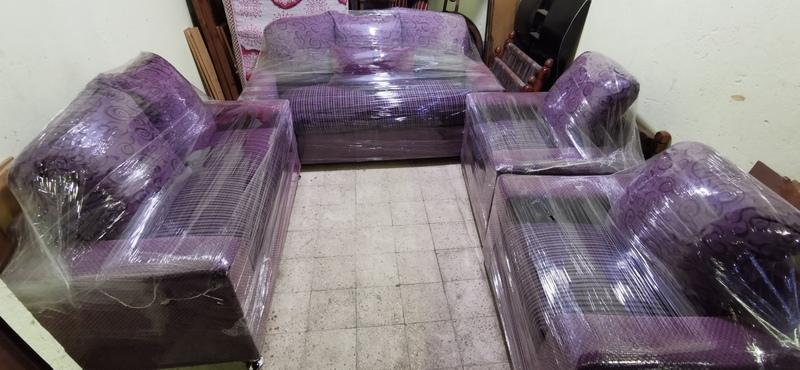 أنتريه مودرن مستعمل إستعمال خفيف بحاله الجديد أثاث مستعمل للبيع في القاهرة المطرية 3