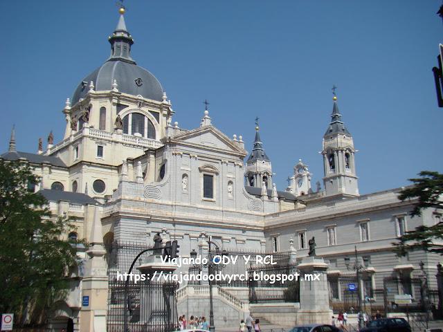 Que hacer, a donde ir, que visitar en Madrid. Catedral de Almudena