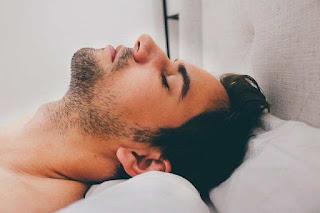 هل انقطاع التنفس أثناء النوم خطير؟