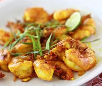 how to use turmeric in seafood? Turmeric prawns recipe